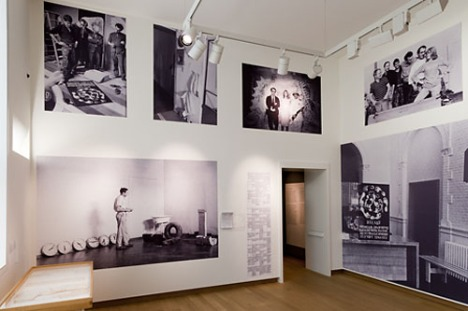 "Installation view of ""Recollections"". Stedelijk Museum, Amsterdam, 2011."